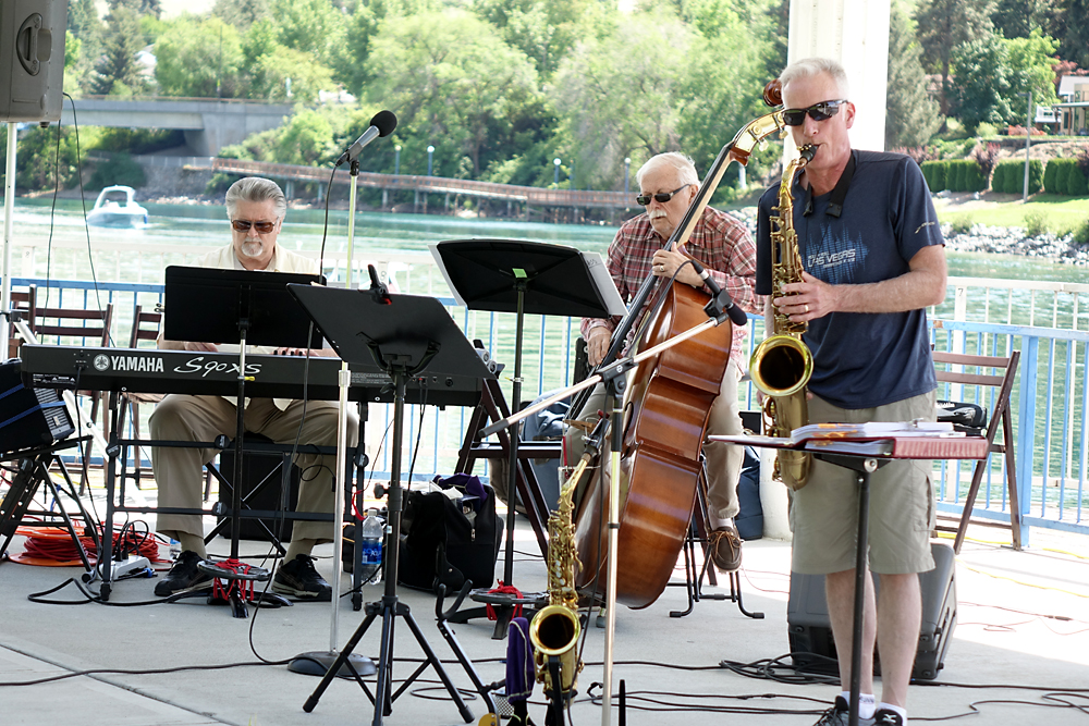 Thursday Night Music with The Lake Chelan Jazz Band