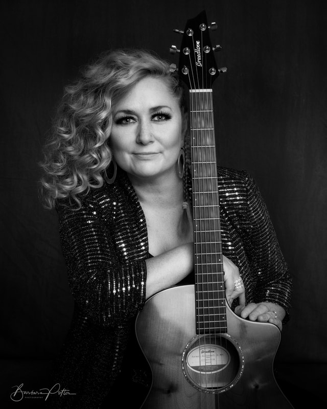 Thursday Night Music with Jessica Lynne