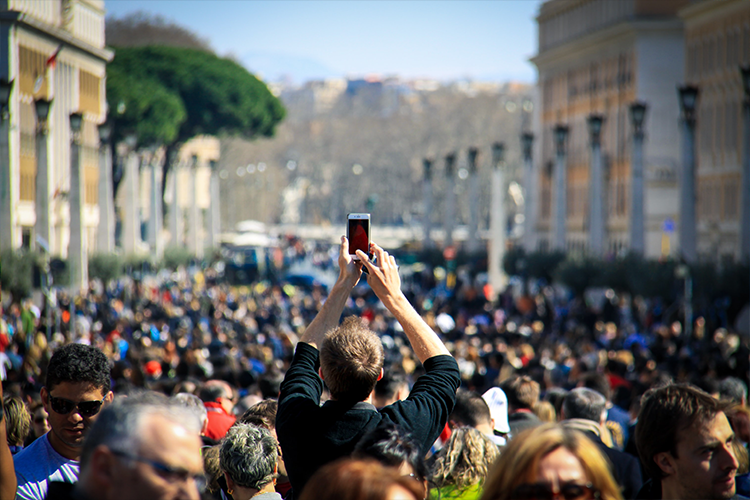 Learn to stand out on Instagram