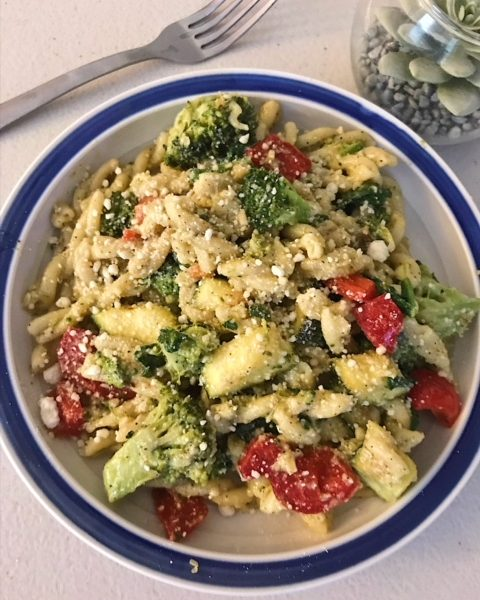 Lemon Veggie Pasta with Parmesan, Lemon Pasta, Lemon Parmesan, Pesto Pasta, Healthy Dinner Recipes, Vegetarian Dinner Recipes