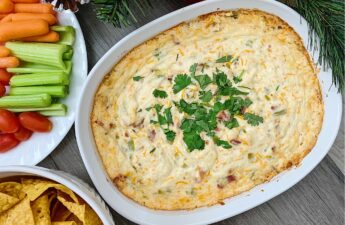 Jalapeno Bacon Cream Cheese Dip | Jalapeno Bacon Dip | Jalapeno Bacon Popper Dip | Jalapeno Popper Dip | Holiday Dishes | Holiday Appetizers | Jalapeno Dip with Bacon | Holiday Appetizers Easy | Holiday Party Appetizers
