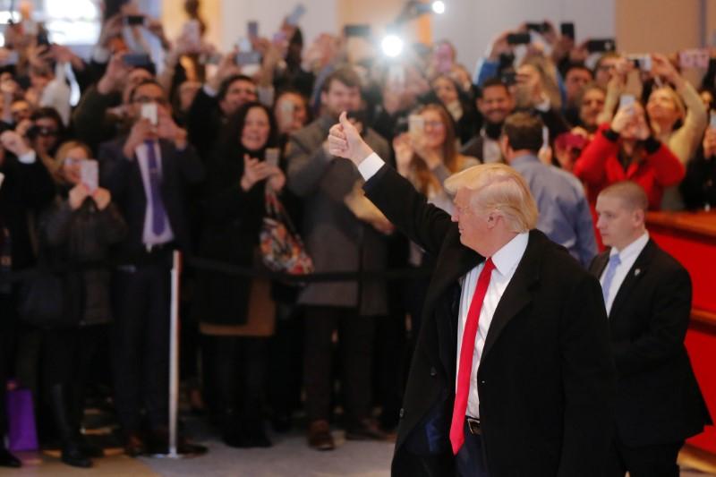 Trump backs off Clinton prosecution