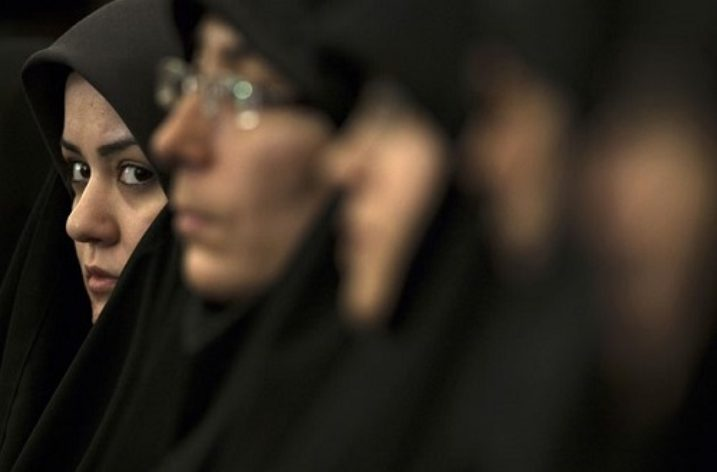 India Ban Sharia Law On 'Teen Talaq'