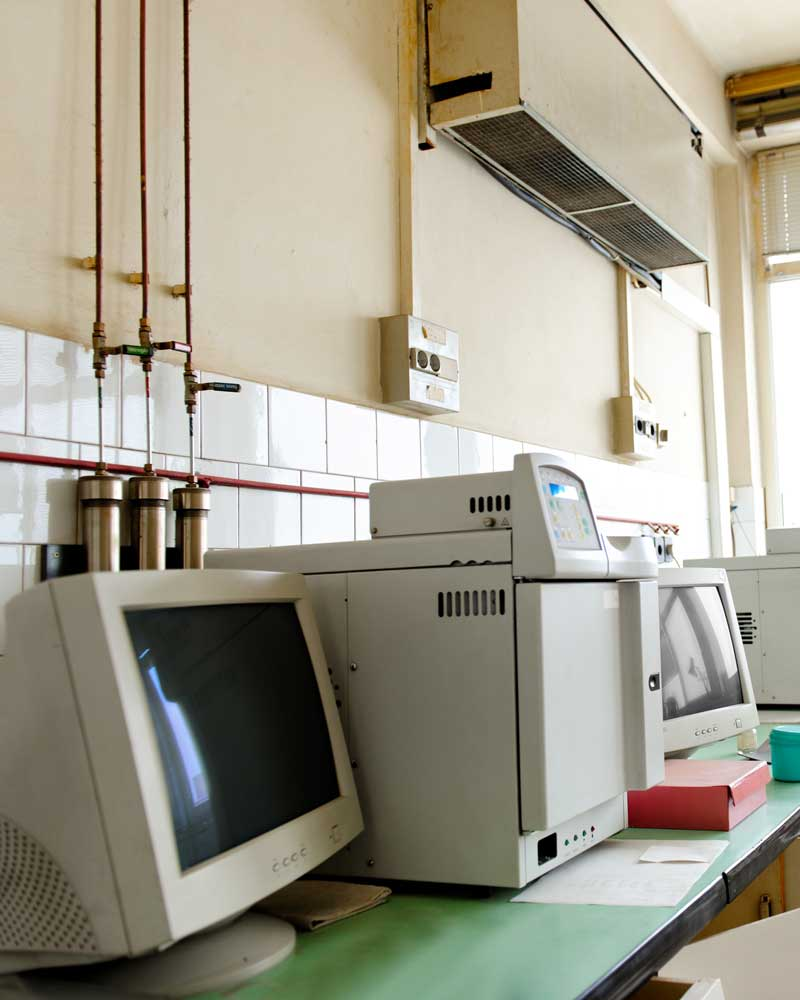 old laboratory with crt computer monitors