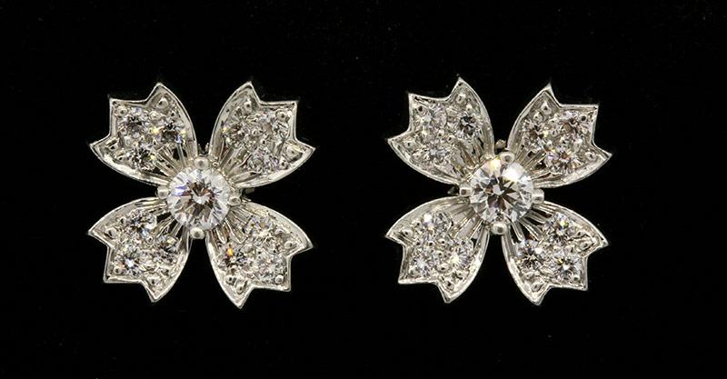 Tiffany platinum diamond flower earrings1