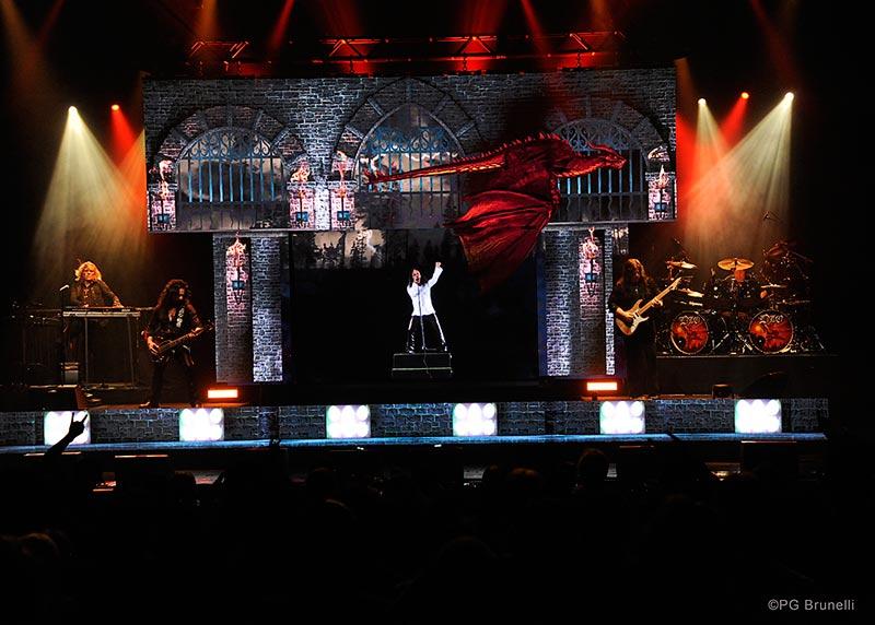 Dio returns Hologram Tour 2019