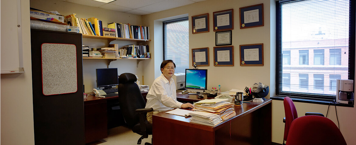 Dr. Ruola Ning, inventor of the Koning Breast CT