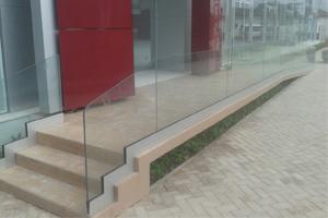 guarda-corpo-de-vidro