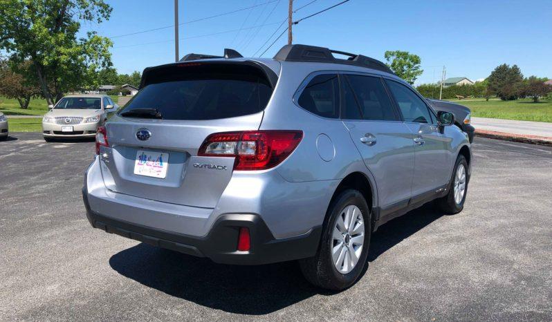 2018 Subaru Outback Premium full