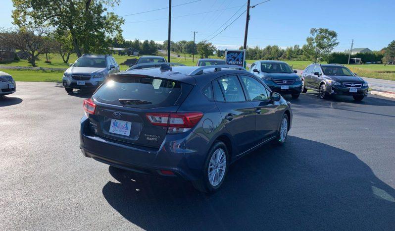 2017 Subaru Impreza Premium full