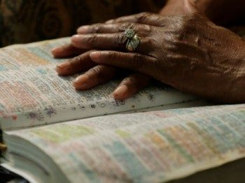 9 Things You Should Know About Prayer In The Bible, Joe Carter, Mary Esther Ruth