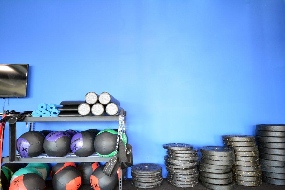 blue-wall-plates