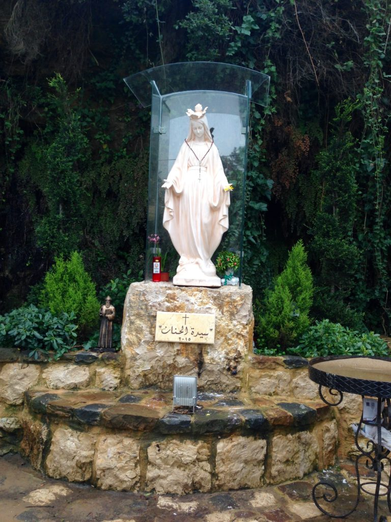 Public mini shrine dedicated to the Virgin Mary