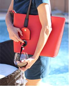 Bella Vita Wine Bag (bellavitabags.com)