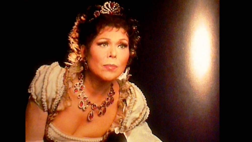 Buon Compleanno Renata! Prima Donna Assoluta…to the heart of the matter!