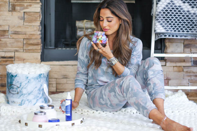 lifestyle and fashion blogger samantha belbel in camo loungewear and capri blue candals