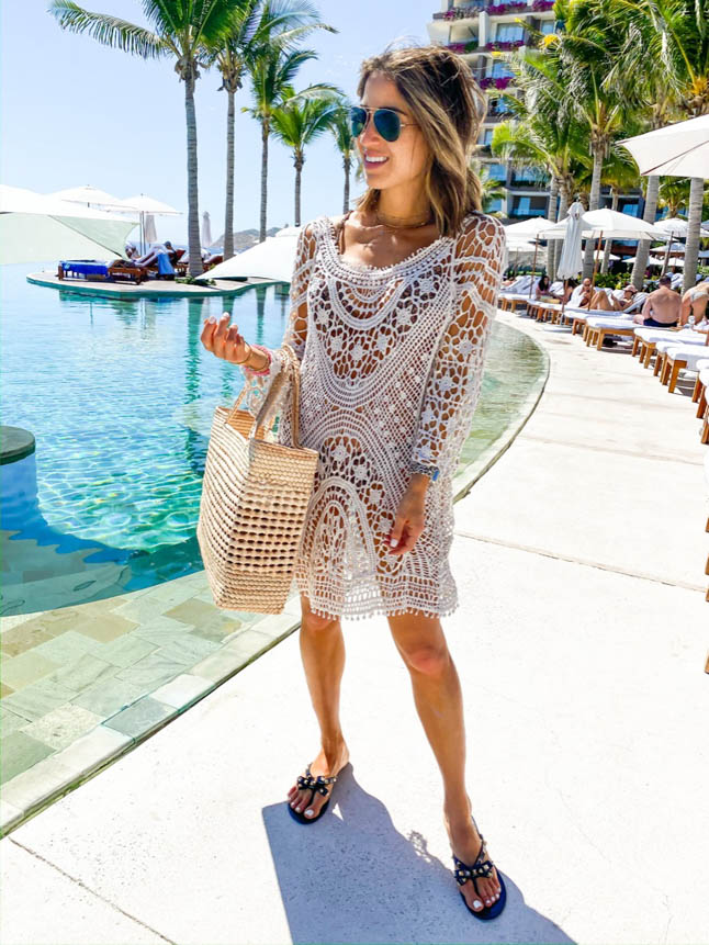 lifestyle and fashion bloggers alexis and samantha belbel share their experience and stay at Grand Velas Los Cabos Resort and the wellnessing getaway retreat   adoubledose.com