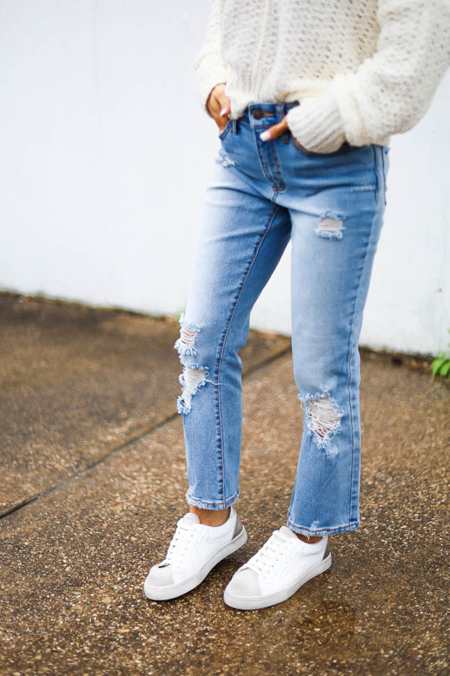 lifestyle and fashion blogger alexis belbel sharing 5 healthy air fryer recipes that are vegan and this affordable flare ripped jeans and ivory knit sweater from walmart and steve madden rezza sneakers | adoubledose.com