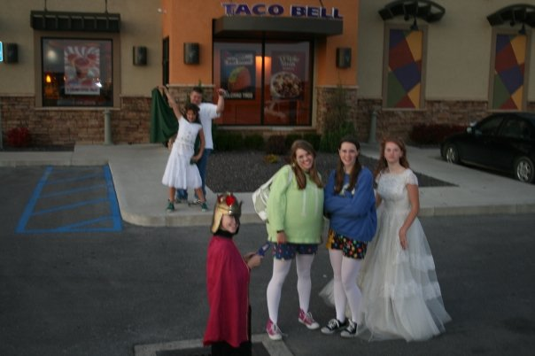 Family trick or treat dinner at Taco Bell