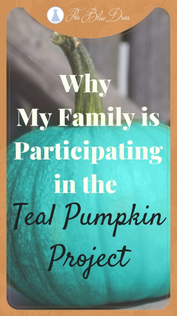 Why My Family is Participating in the Teal Pumpkin Project #tealpumpkinproject #foodallergyawareness #trickortreat