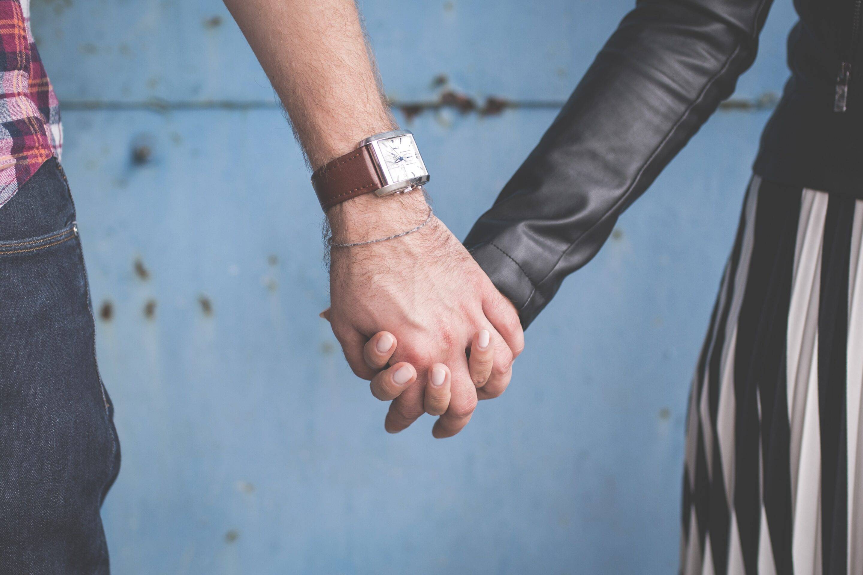 10 Easy Ways to Date Your Spouse at Home