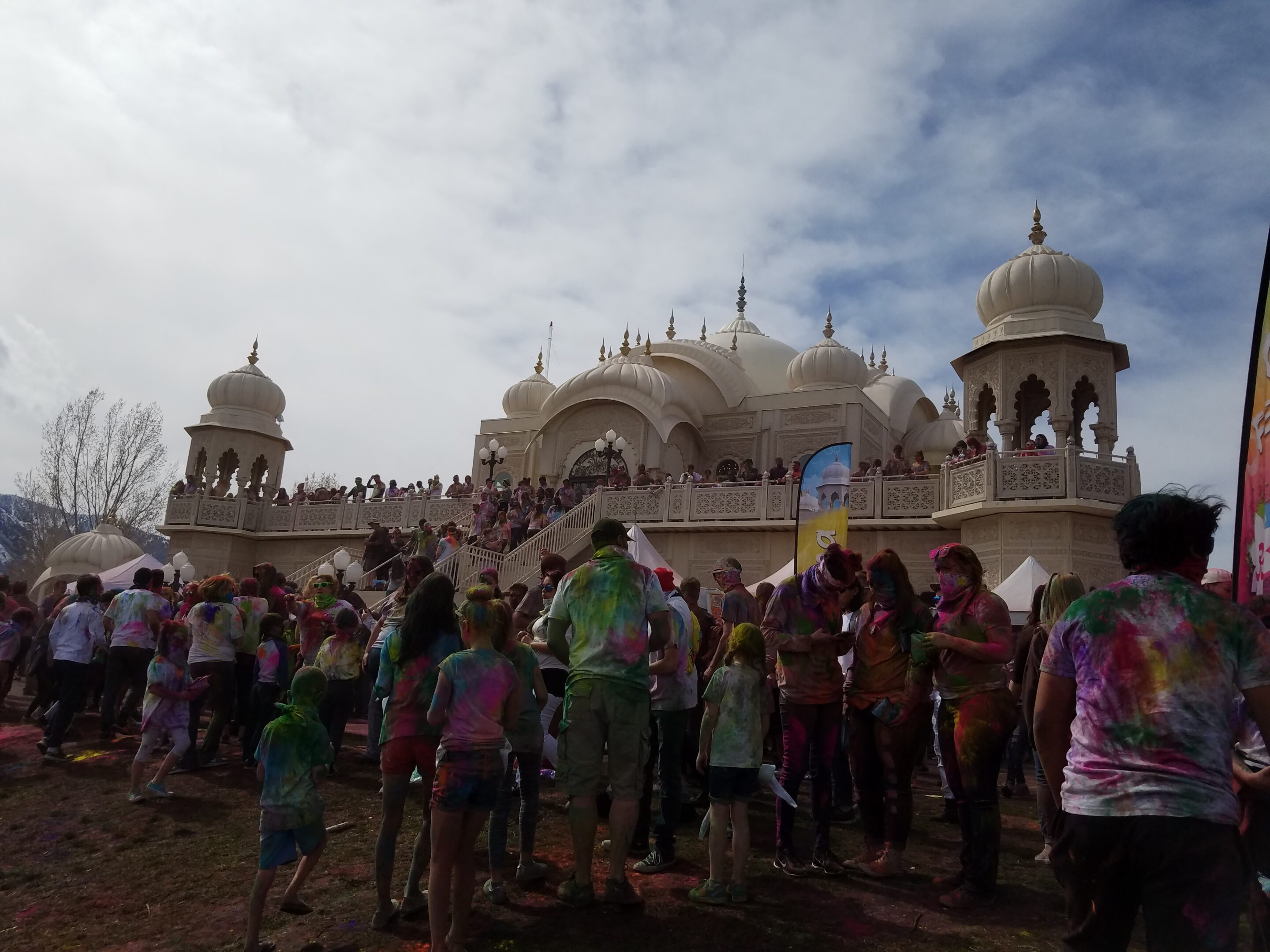 Holi Festival of Colors crowd 2018