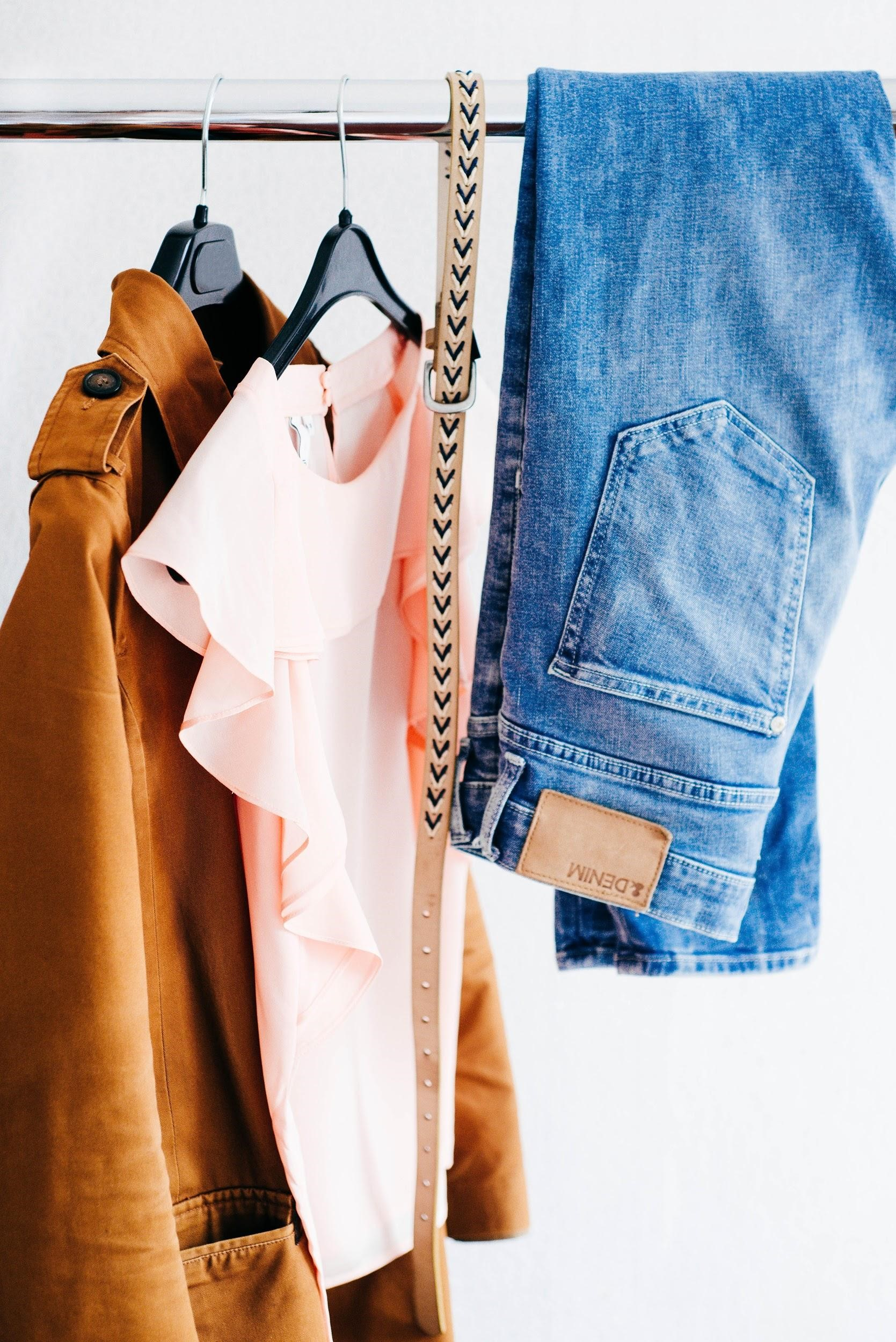Save money while you fill your closet with these great apps!