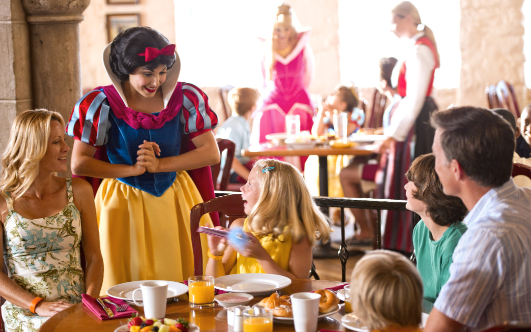 Which Disney Dining Plan is Right for You?