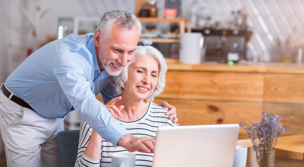 Marketing Insight – How Do Seniors Consume Social Media