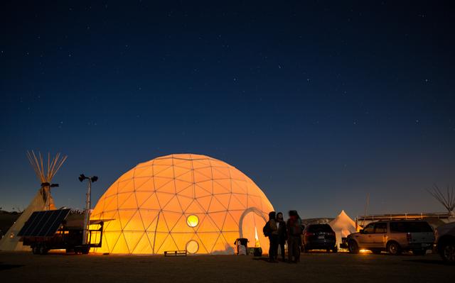 """Lightning in a Box!  Partner Spotlight: """"Red Lightning"""" brings Solar to Standing Rock"""