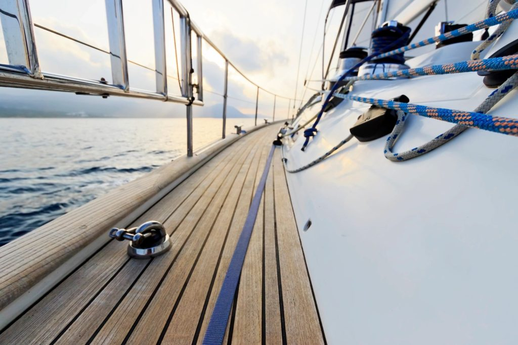Boat shopping checklist, rigging, decking