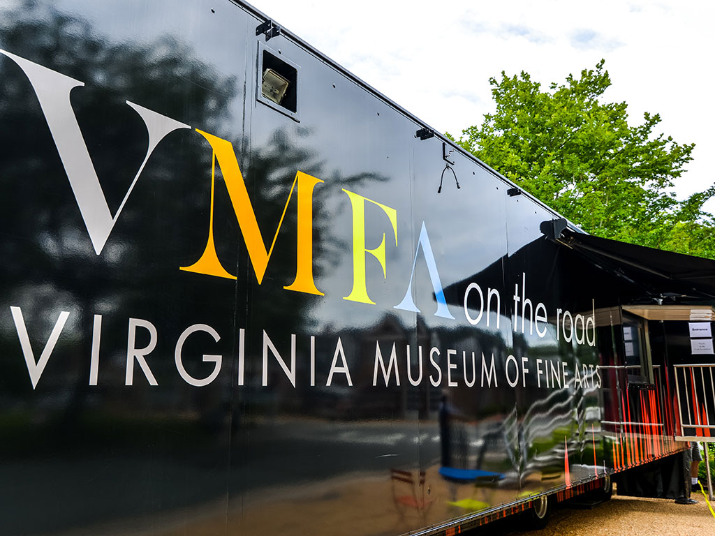 Virginia Museum of Fine Arts bus