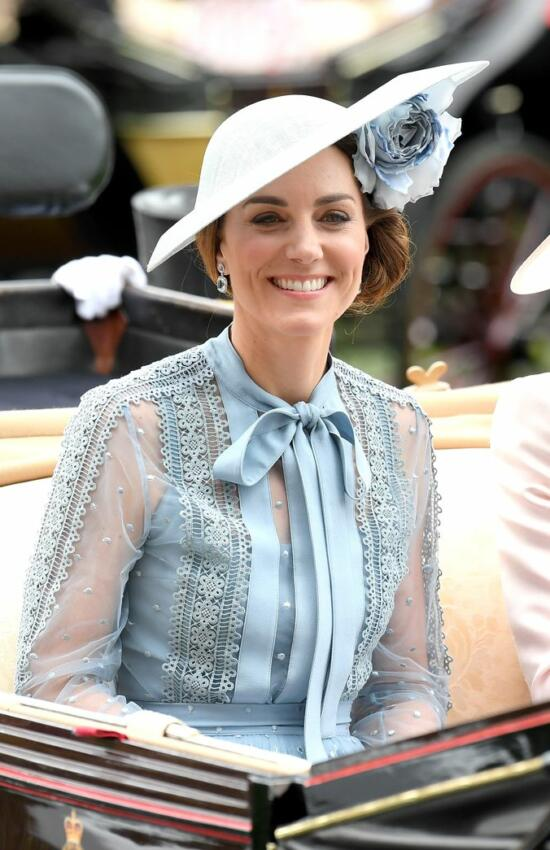 Kate Middleton in Blue Lace Ellie Saab for Royal Ascot