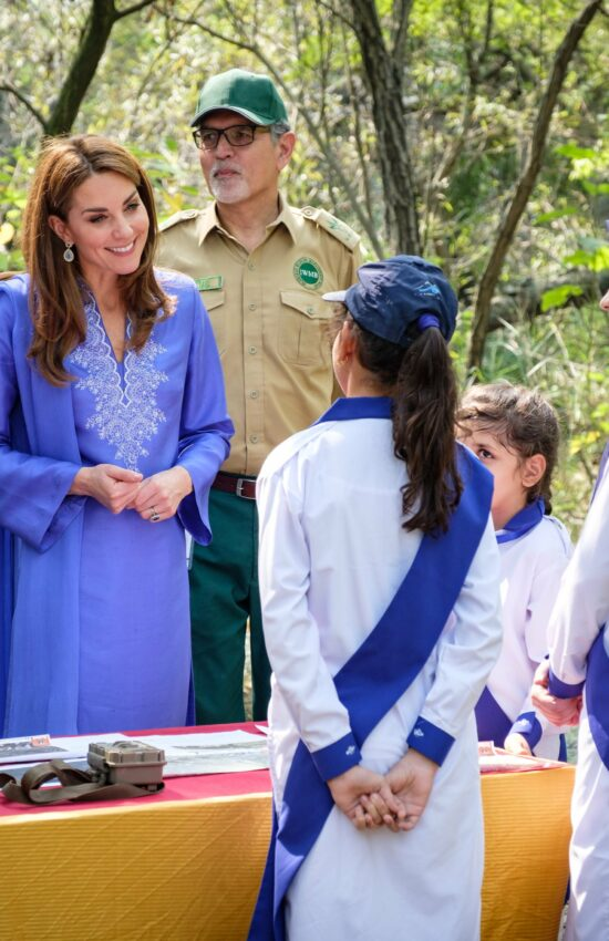 Kate Middleton in Colorful Karuk for Day 2 of the Royal Tour of Pakistan