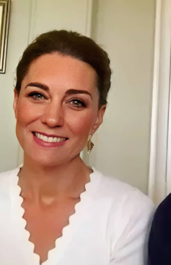 Kate Middleton in Sandro Cropped Cardigan for Video Call