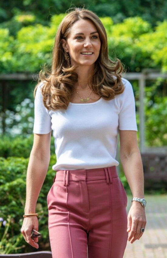 Kate Middleton in Ralph Lauren  for Casual Park Outing