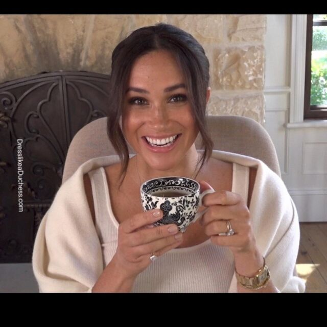 Birthday Girl! Duchess Meghan has launched a new initiative called 40x40 to mark her 40th birthday 🎉The program, which is meant to help women around the world who are returning to the workforce, features mentors offering women 40 minutes of their time. For the appearance, Meghan showed off her chic home office including a Hermès blanket, Burleigh teacup and paper trays from Target (IDs UFO No More). Plus there were a few pictures of Archie on her desk. The mom of two joked around with comedian Melissa McCarthy for the Archewell video and there was a cameo from Prince Harry (through the office window). Meghan also wore new Zodiac constellation necklaces from LA brand Logan Hollowell and completed the look with her Manolo Blahnik BB pumps. **Shop Meghan's home office decor on our LIKEtoKNOW.it page (link in bio) #meghanmarkle #archewell #home #homeoffice #zoom #chic #trendy #decor #style #birthday #fashioninspo #outfit #california #ootd #fashionista