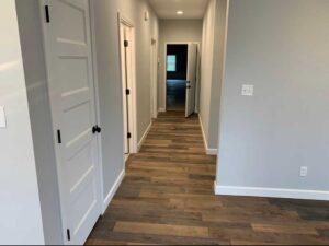 finleyflooring-hardwood-in-hallway-image
