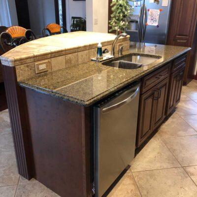 tile-backsplash-and-counter-image-finley-flooring