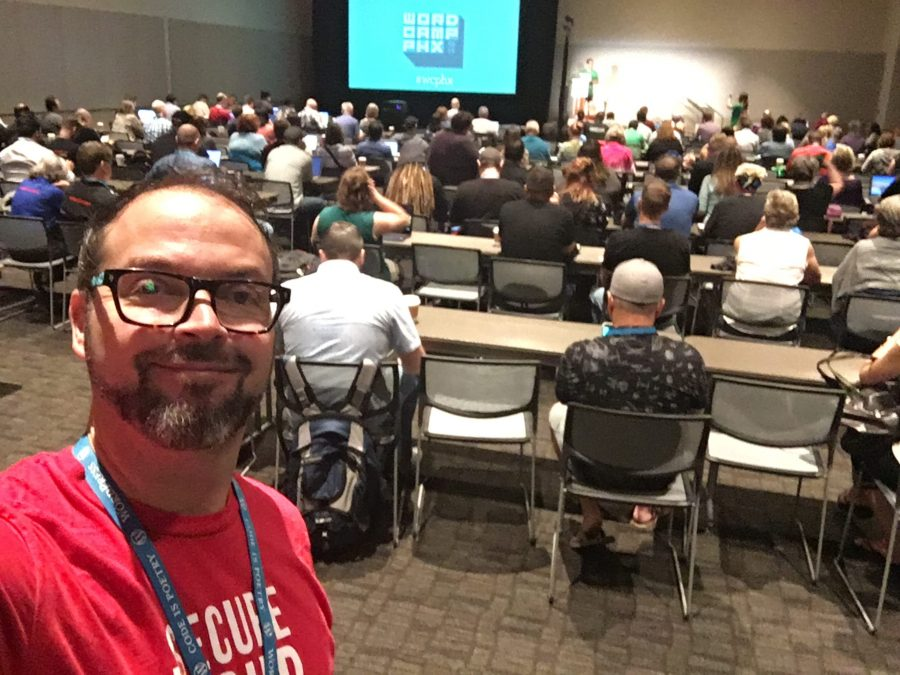 A big crowd at WordCamp Phoenix