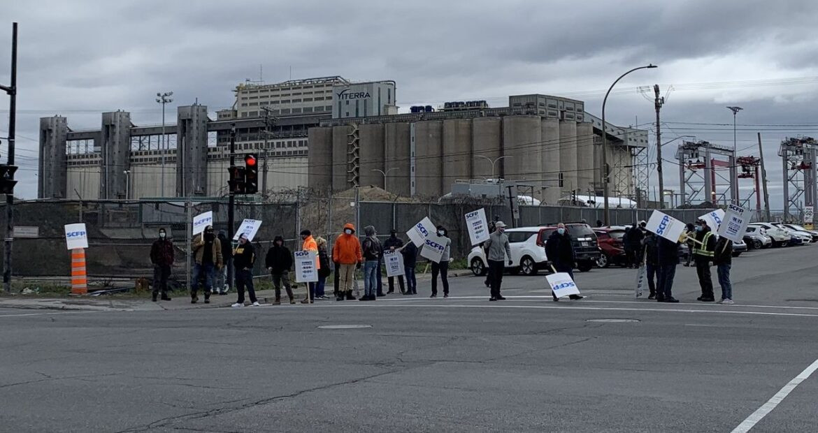 General Strike at the Port of Montreal