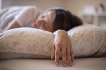 Sleep in time of crisis: 9 tips to relax the nervous system