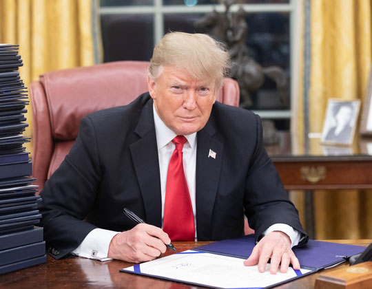 Donald Trump Oval Office Creative Commons