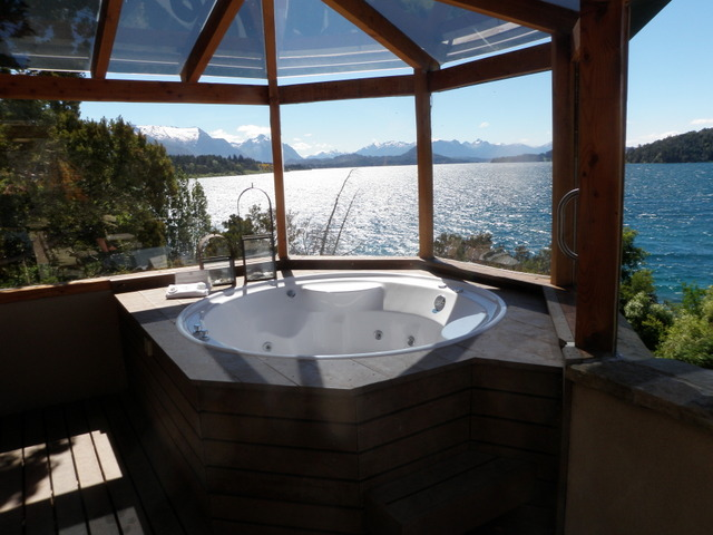 Hot Tub Overlooking Lake Adjoining Sunday Night Suite (Very Sweet)