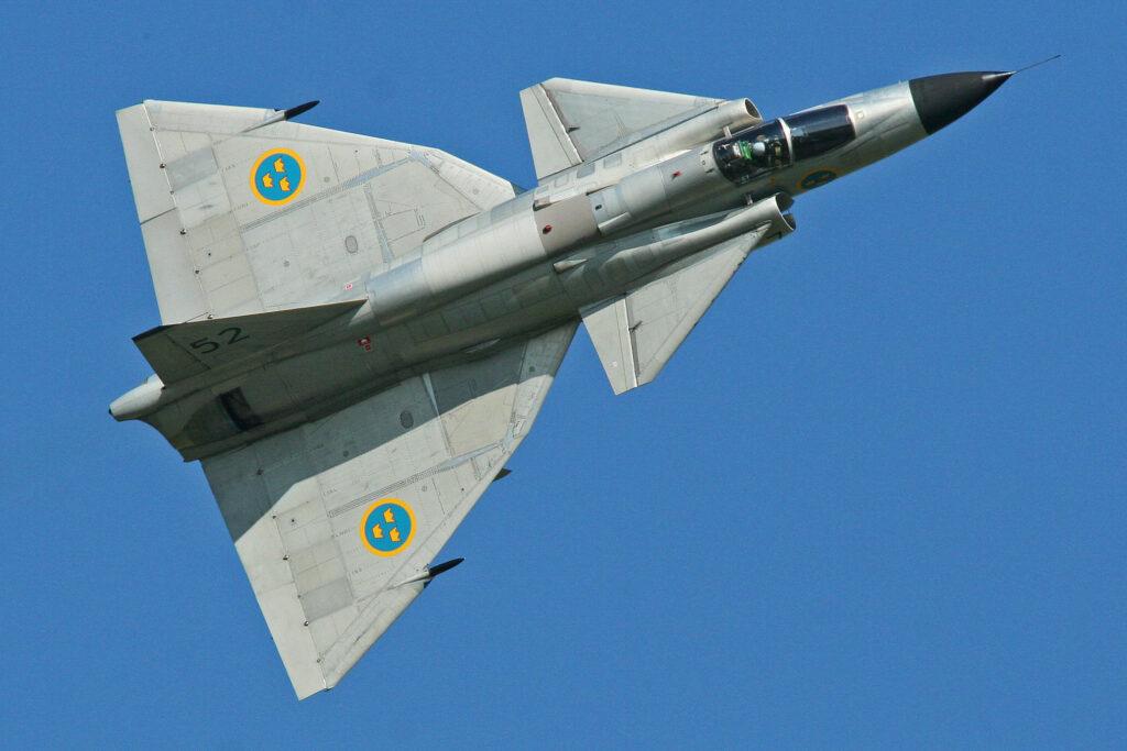 By Alan Wilson - Saab AJS-37 Viggen showing canards