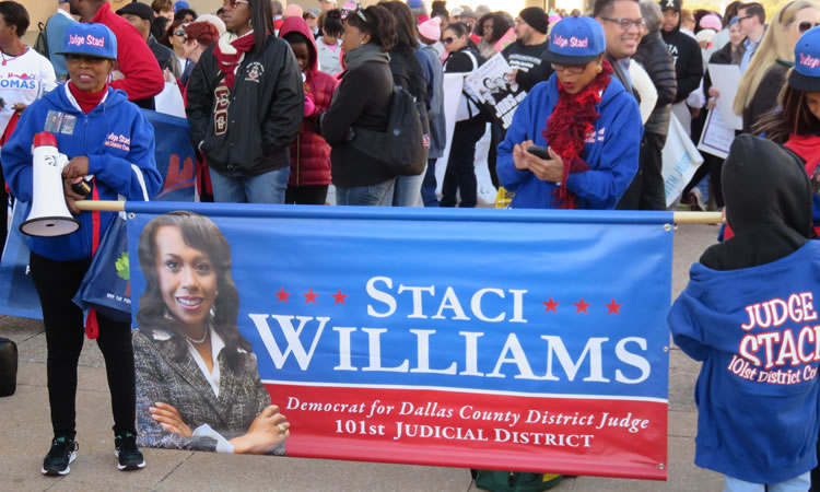 MLK 2015 Parade City Hall