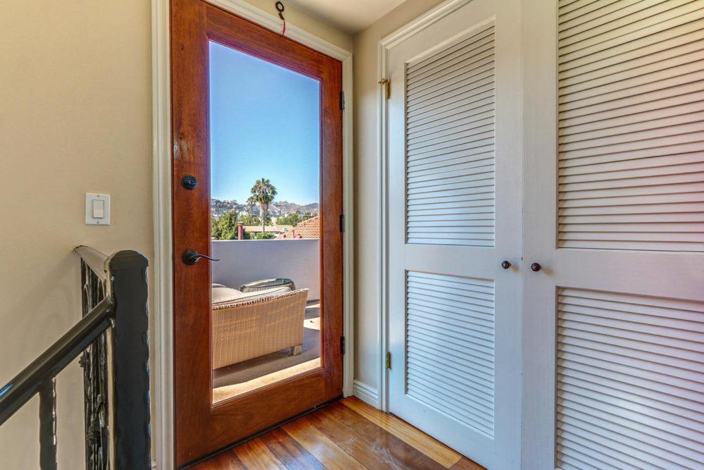 744 N Alfred St Los Angeles CA-large-043-AgoBet0001Upload16-1500×1000-72dpi
