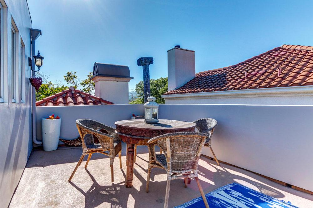 744 N Alfred St Los Angeles CA-large-044-AgoBet0001Upload17-1500×1000-72dpi