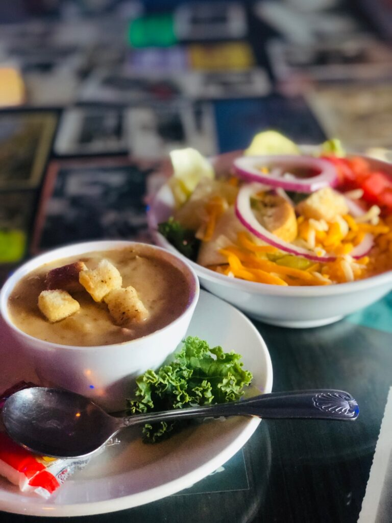clam-chowder-and-salad