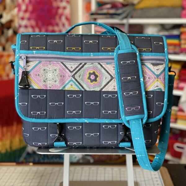 #SewPINK: MJs Messenger Bag